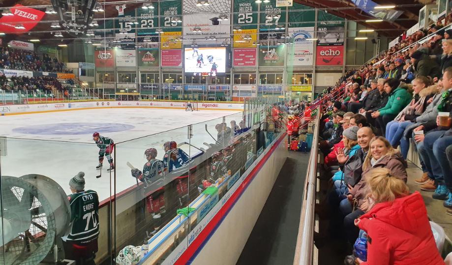 WJ @ Starbulls Eishockey
