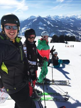 WJ Sportlich - Ski & Snowboard am Wilden Kaiser